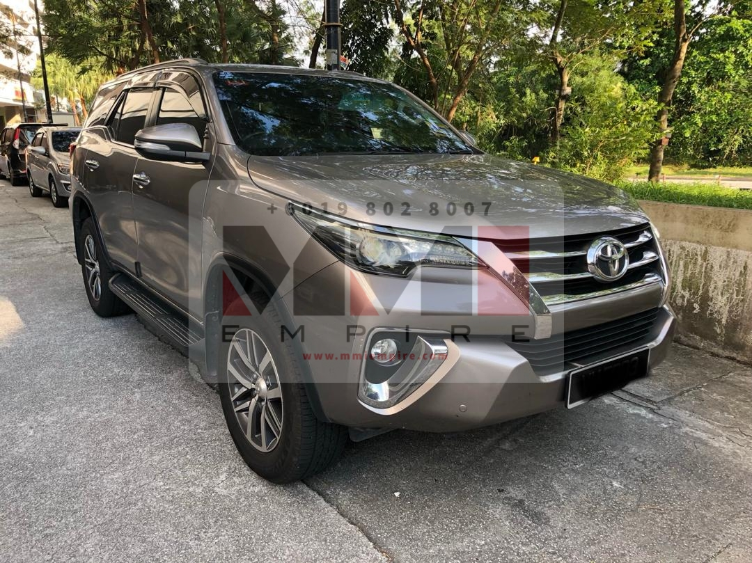 Toyota Fortuner 2.7 SRZ AT 4×4